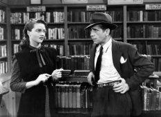 big-sleep-1946-dorothy-malones-bookstore-proprietress